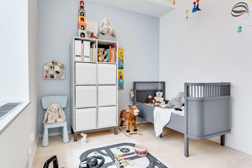银白系轻盈感儿童房