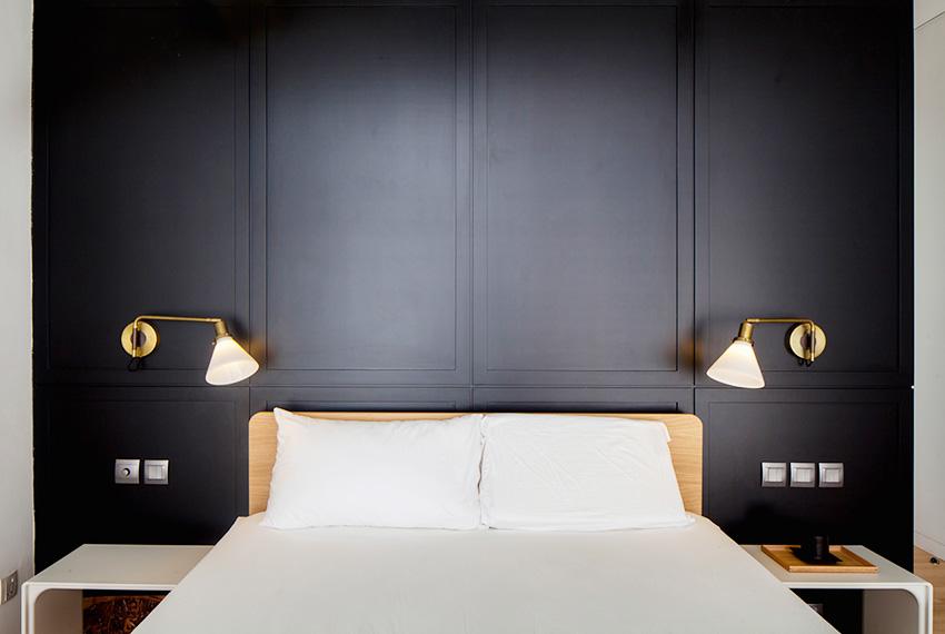 卧室黑色床头柜效果图